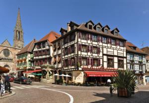 Logis Hôtel de la Cloche