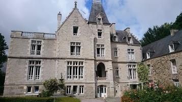 Logis Hôtel Château du Val