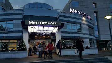 Hotel Mercure Paris Massy Gare TGV