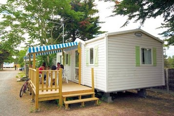 Camping Riez A La Vie