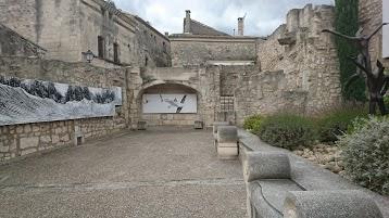 Hôtel Rest. Bautezar et Musée