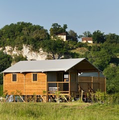 Camping Le Rocher De La Cave ***
