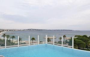 Apartment Golfe-Juan UV-1547