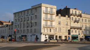 Hotel De La Tour De Nesle
