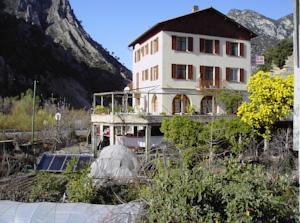HOTEL RESTAURANT DES 2 VALLEES