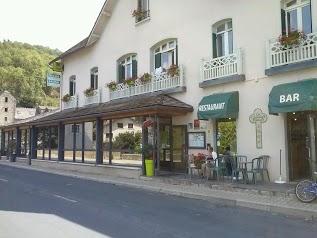Logis les Chemins Francis - Modern Hôtel