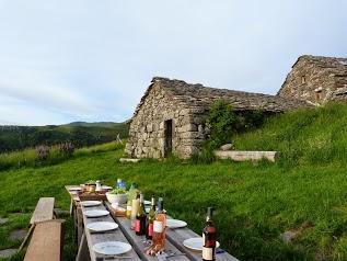 Gite - Buron de la Fumade Vieille - Cantal Auvergne