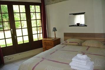 Chez Sarrazin Camping and Gites