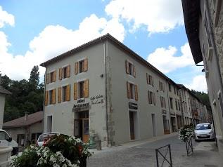 Chez Camille Hotel Café Restaurant