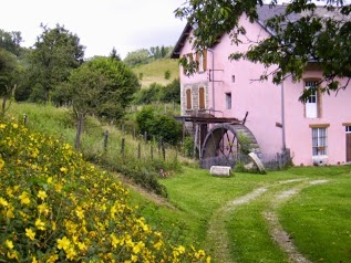 Le Moulin Rose