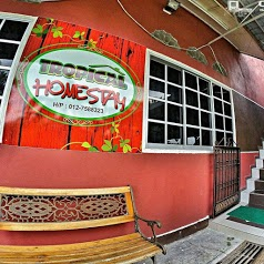 Tropical Homestay Pontian
