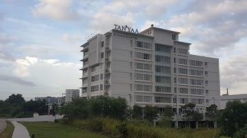 Tan'Yaa Hotel by Ri-Yaz