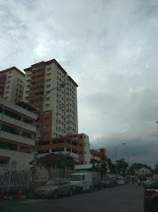 Sri Raya Apartment