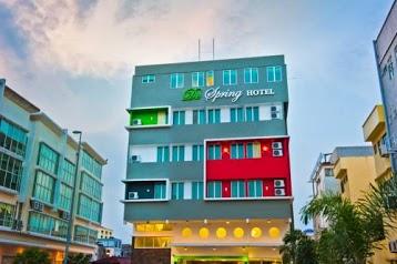 De Spring Hotel