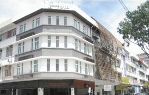KK Suites Hotel