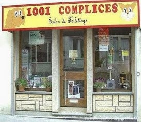 1001 Complices