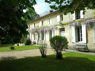 Vine house b & b , holiday accommodation