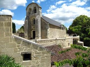 Rochemenier Village Troglodytique