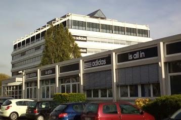 adidas & Reebok Outlet Store Landersheim