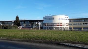 School Charles De Gaulle