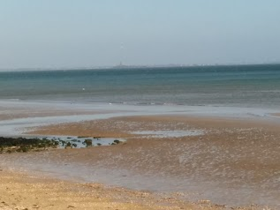 Gite Quinéville Front de mer Les pieds dans l'eau