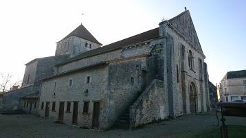 Eglise, Prieuré Saint-Pierre