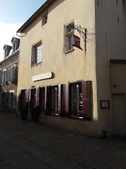 HOTEL 4km Airvault - Restaurant Le Relais du Chapeau Rouge - chambre à 49€