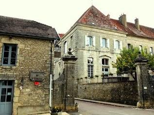 Chambre d'hôtes de l'Ancienne Abbaye de Flavigny sur Ozerain