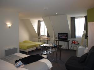 Logis Hôtel Lodge la Valette