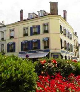 Hotel De La Cloche
