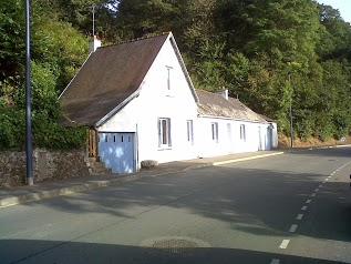 Leccacorvi Mauro, Riverside Cottage