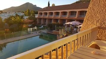 Val Hotel