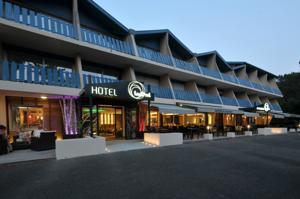 Logis Hôtel Lacotel