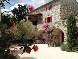 LA BASTIDE DU VIGNERON - PIERRES ET CHARME Gîtes et Chambre d'hôtes de Charme, Ardèche Méridionale.