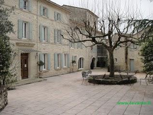 Hôtel Restaurant Le Moulin de Valaurie
