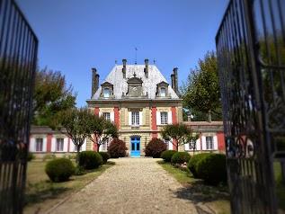 Les Gîtes du Château Saint Ahon