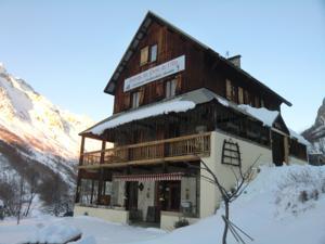 Hôtel Restaurant L'Auberge du Pont de l'Alp