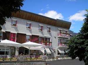 Logis Hôtel le Grillon