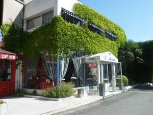 Hôtel de l'Avenue**