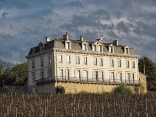 GITES CHATEAU COMBLANCHIEN ROUTE DES GRANDS CRUS